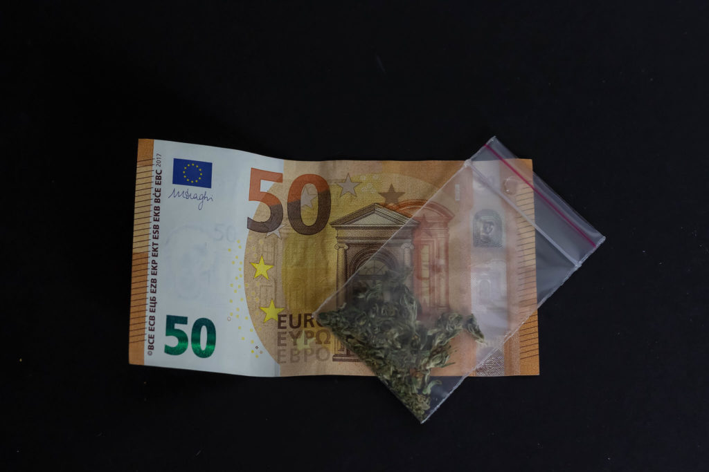Germany could earn $2.62 billion by legalizing cannabis