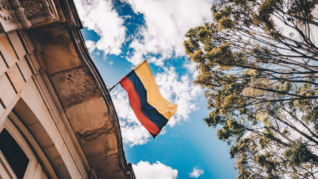 Colombian flag representing the Colombian marijuana market