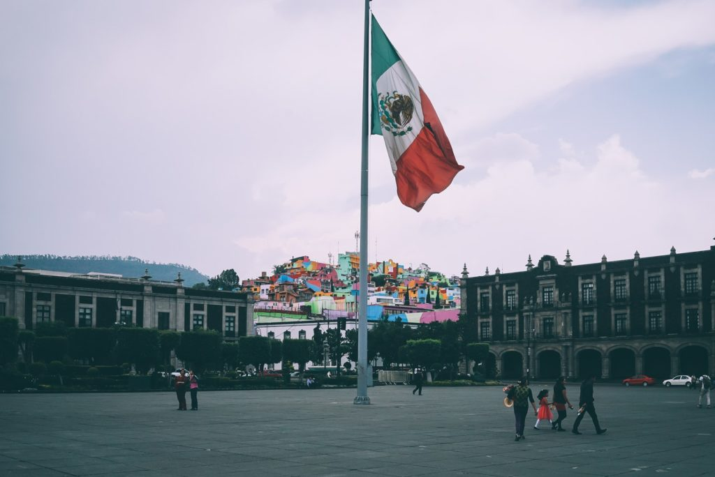 Government officials are in favor of legal cannabis in Mexico